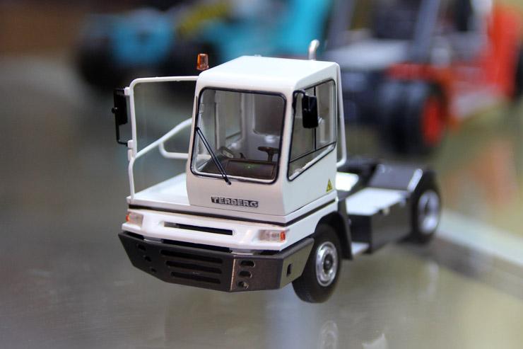 Logistics Museum Events Terberg Terminal Tractor Model